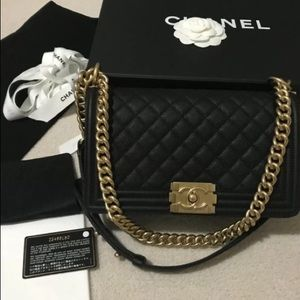 Black Chanel Medium Le Boy